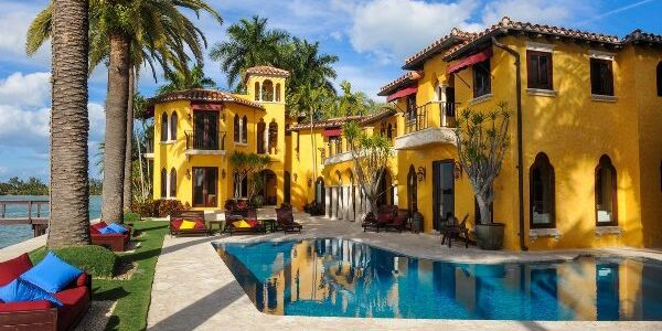 Enrique-Iglesias-better-Curbed-Miami